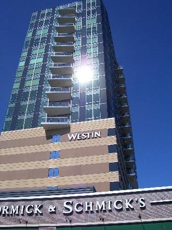 The Westin Edina Galleria: Westin - Outside Shot