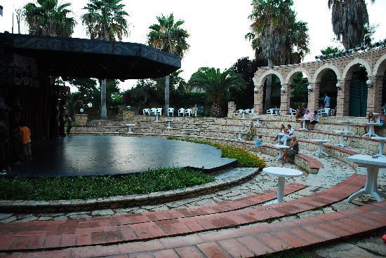 Meryan Hotel: amfiteatre