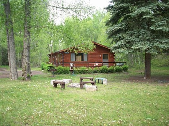 Conejos River Guest Ranch: Cabin where we stayed