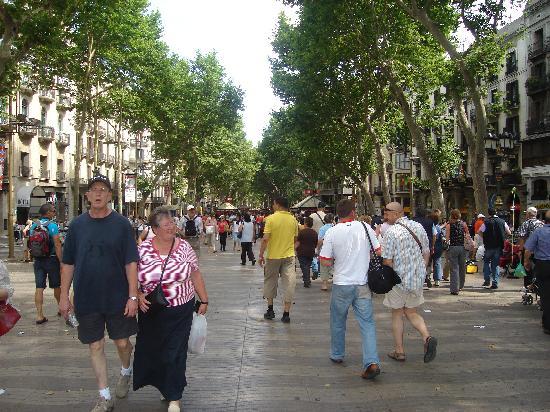 La ramblas foto di nh barcelona centro barcellona for B b barcellona vicino ramblas