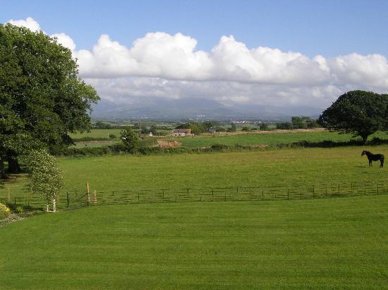 Neuadd Lwyd: View towards Snowdonia