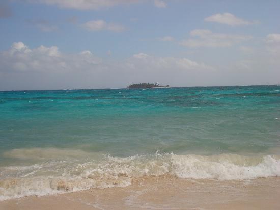 Decameron Los Delfines: El mejor mar del mundo...