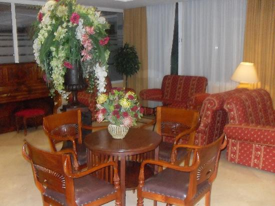 Myseahouse Neptuno: hall d'entrée de l'hotel