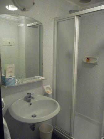 Soperga Hotel: Il bagno 2