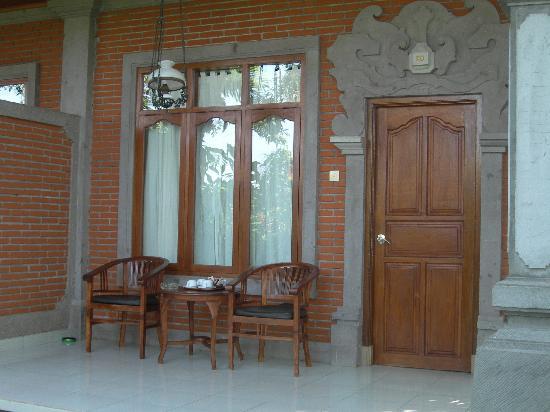 Saren Indah Hotel: l'ingresso alla nostra camera