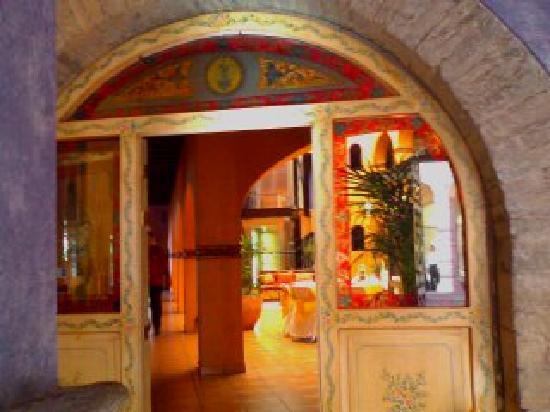 La Abadia Tradicional: near lobby