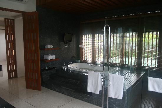 The Samaya Bali Seminyak: The bathroom with TV
