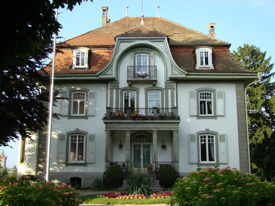 Estavayer-le-Lac, Schweiz: Exterior of My Lady's Manor