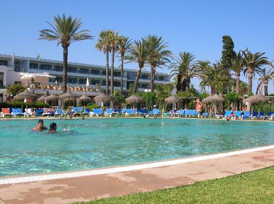Atalaya Park Hotel : piscina