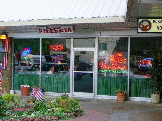 Exterior view of Best Italian Cafe & Pizzeria