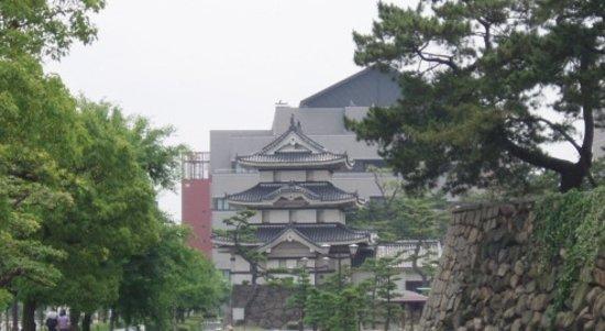 Takamatsu, اليابان: 高松城(櫓)