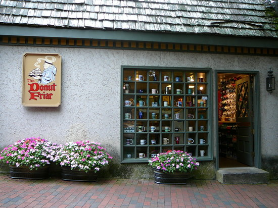 Donut Friar side entrance with MUGS in the window