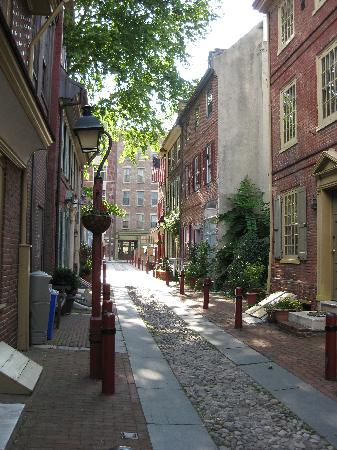 Elfreth's Alley (Philadelphia) - 2020 All You Need to Know BEFORE You Go (with Photos) - Tripadvisor