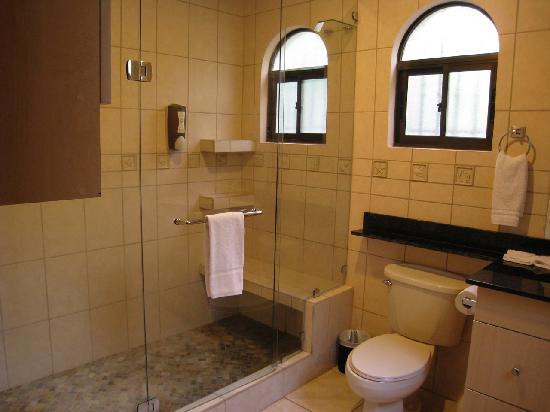 Villas Hermosas: Bathroom