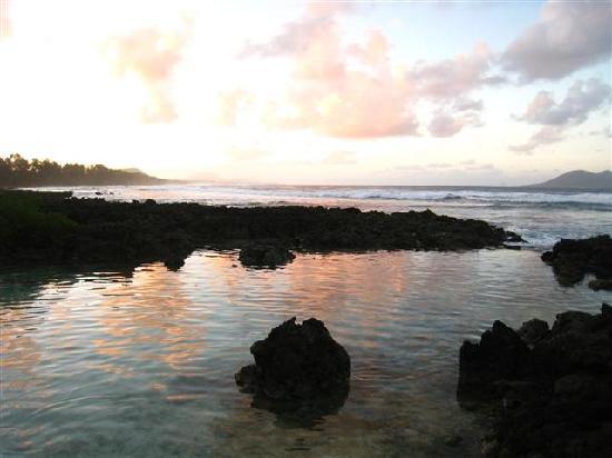 Bethel Village: Beach at dusk