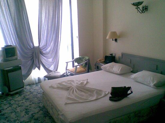 Photo of Hotel Grand Ozcelik Kusadasi