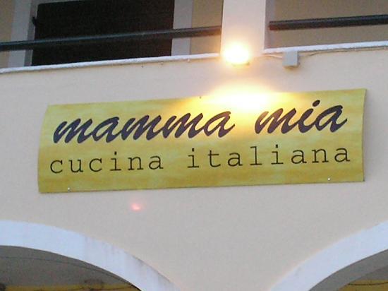 Theo's Hotel: Mama Mias restaurant