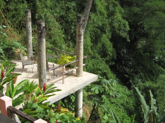 Casa Flamboyant: Another patio