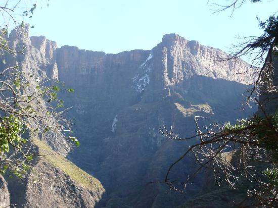 Montusi Mountain Lodge: Tugela falls