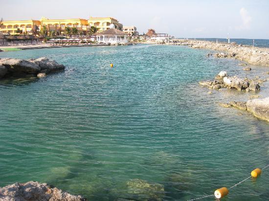 Hard Rock Hotel Riviera Maya: lagoon