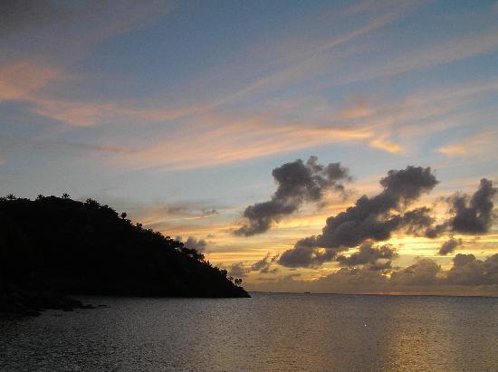 Grand Royal Antiguan Beach Resort: sunset from restaurant