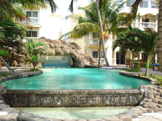 Pelican Reef Villas Resort: Pool