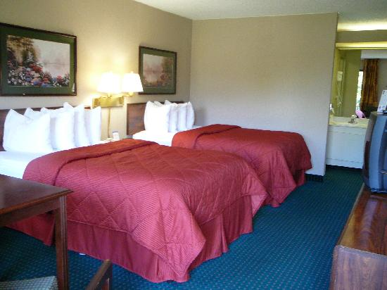 Red Roof Inn Kingsport: Non-Smoking 2 Doubles room Comfort INN