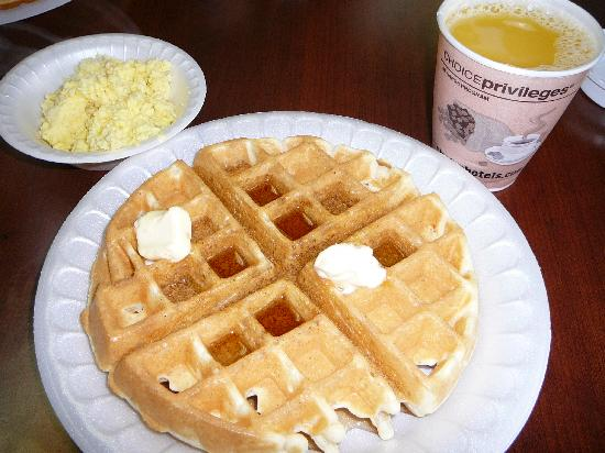 Red Roof Inn Kingsport: Fresh Make-Your-Own Waffle, Orange Juice & scrambled eggs on Comfort Sunshine Breakfast