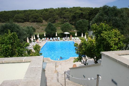 Hotel Masseria Bandino: tuffi e sole nella spledida piscina