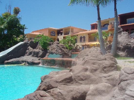 Park Club Europe Hotel: 2ème piscine avec sable et très beau cadre