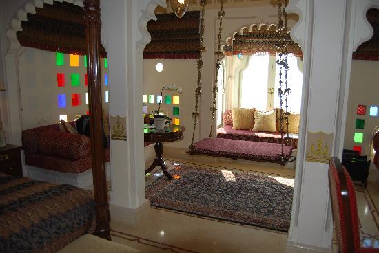 Taj Lake Palace Udaipur: Mayur Mahal Suite Bedroom