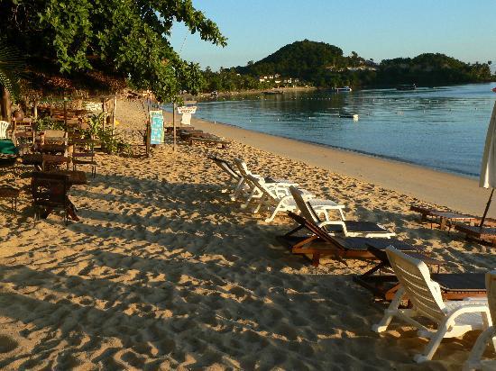แคคตัสบังกะโล: la plage devant le guest house