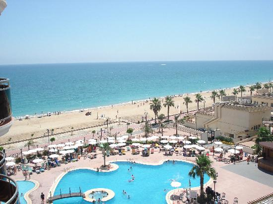 Vista general fotograf a de hotel spa peniscola plaza for Hotel playa peniscola