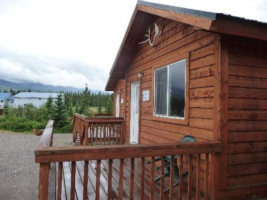 Alaskan Spruce Cabins: Cabins