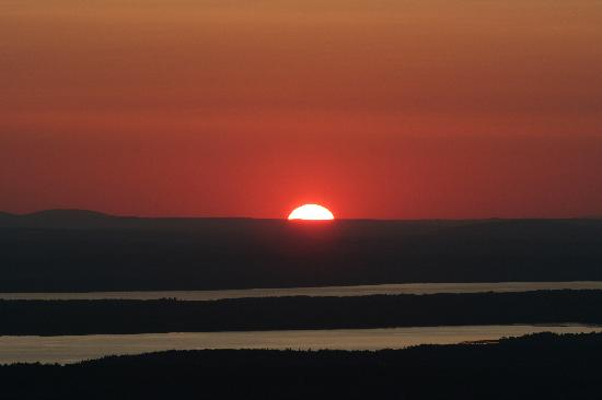 Hearthside B&B: Sunset on Cadillac Mtn