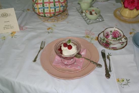 Millstone Manor Bed, Breakfast & Vacation Rental : afternoon tea