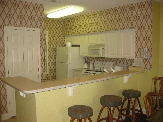 Outstanding Kitchen With Corian Counters Full Size Appliances Bar Creativecarmelina Interior Chair Design Creativecarmelinacom