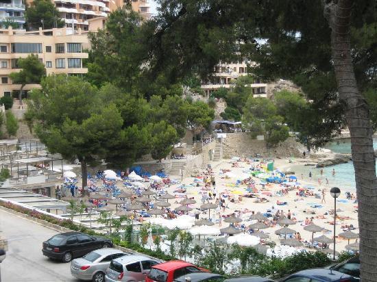 Roc Illetas: Main beach nearest hotel