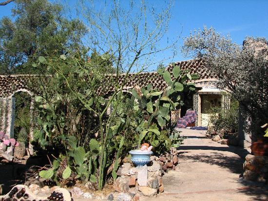 Anna S Bottle House Tucson Az Ranch Reviews Tripadvisor
