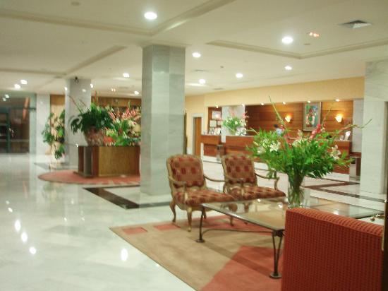 Hotel Carlos I Silgar: Hall