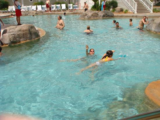 Disney's Beach Club Resort: pool-stormalong bay