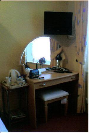 Milverton House: Bedroom