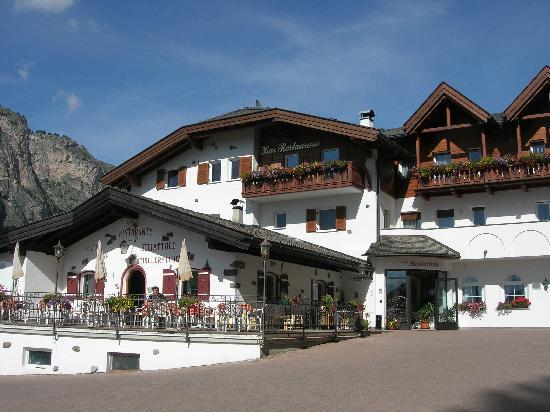 Hotel Scoiattolo: Vista dell'hotel