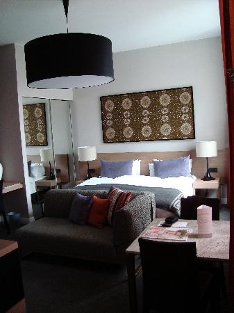 Adina Apartment Hotel Berlin Checkpoint Charlie: Chambre, studio