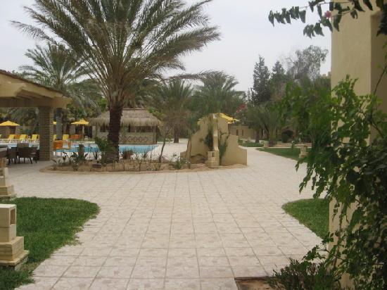 Hotel Sahara Douz: Le cour avant intérieure