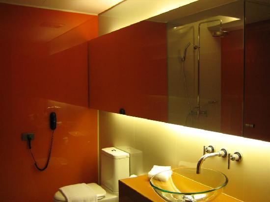 The Heritage Bangkok: Bathroom