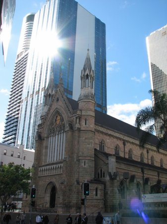 Brisbane, Australien: The Old and The New