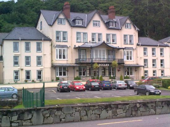 Eccles Hotel Glengarriff : front of hotel
