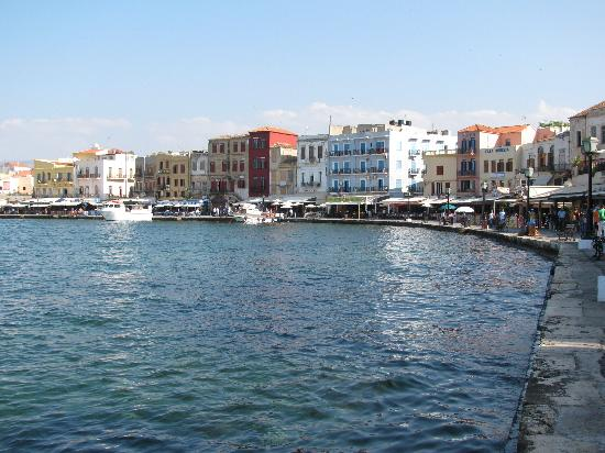 Casa Delfino Hotel & Spa: Old town by the water (many resturants and shops)