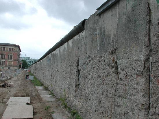 AZIMUT Hotel Kurfuerstendamm Berlin : Berliner Mauer
